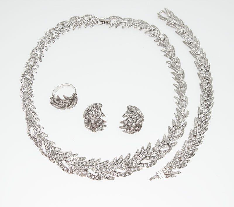 Envío gratis 2015 forma de hojas plateadas cristal claro conjunto de joyas Nueva moda de bodas nupcial conjunto de joyas africanas
