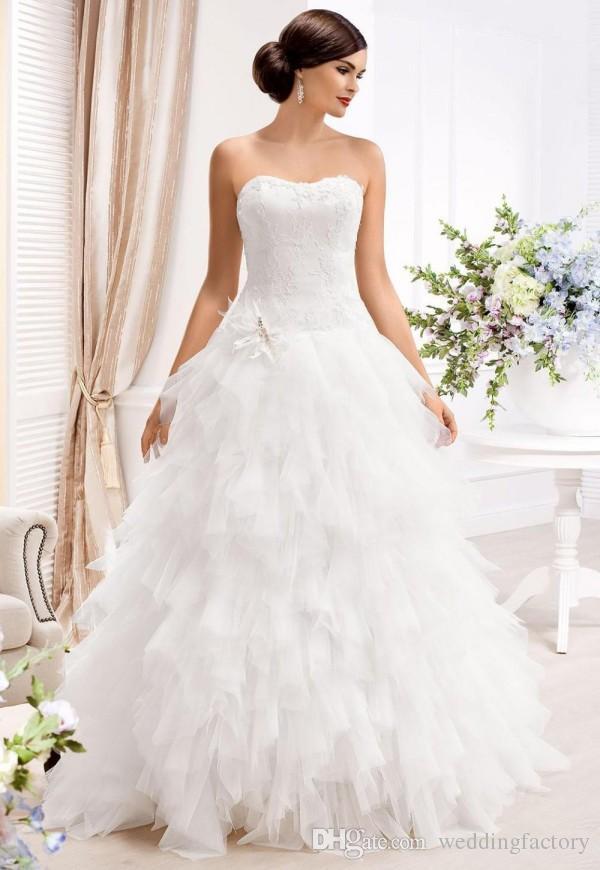 Великолепные Съемные Свадебные Платья A Line Привет Низкие Свадебные Платья Мягкие Милая Невесты Без Бретелек Носить Раффлед Юбка На Заказ