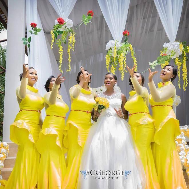 Light Yellow Mermaid Long Bridesmaid Dresses Plus Size Illusion