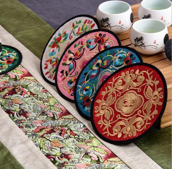Главная Нетканая вышивка Цветочный узор Этнические подставки Подстаканник Чайник Коврик Подставка для напитка Цветочная посуда Placemat