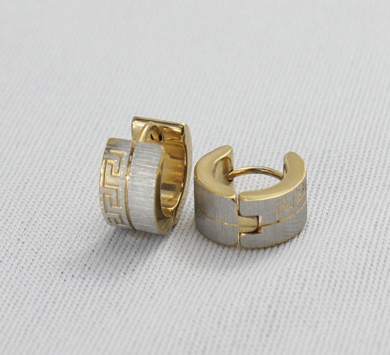 Boucle d'oreille en forme de charme 18k plaqué or en acier inoxydable Huggies