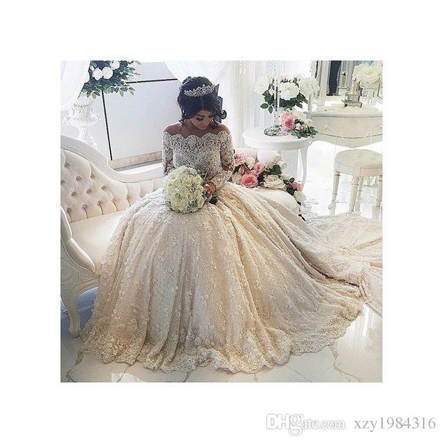 Ballkleid 2015 Spitze Brautkleider Rüschen Perlen Applikationen Perlen Lange Ärmel Hochzeitskleid Puffy Handmade Luxus Vintage Brautkleider