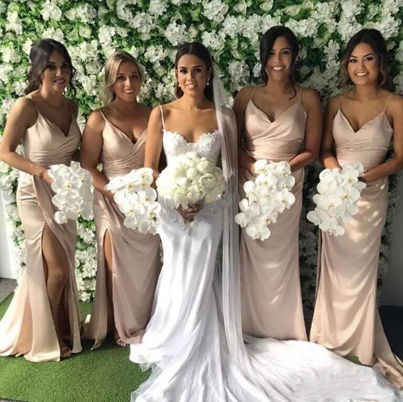 Blush Pink Vestidos largos para dama de honor 2018 Correas espagueti Dividir a un lado Vestidos de dama de honor Sirena Boda Vestido de invitado por encargo