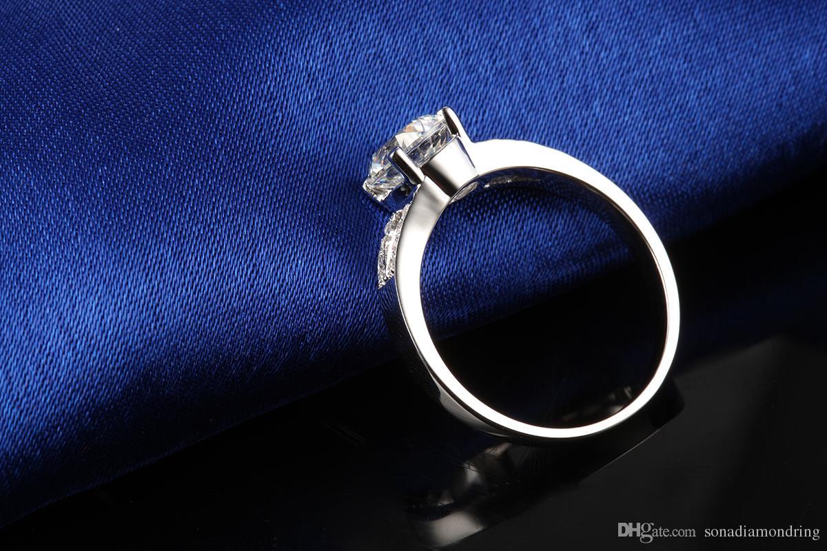 女性のための2ctソナ合成ダイヤモンドリングのためのウェディングバンド婚約指輪シルバーホワイトゴールドメッキ素敵な約束Prongの設定