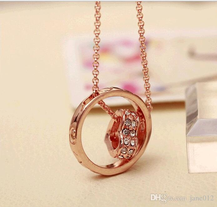 Rose Gold Plated Austrian Crystal Double Heart Pendant Necklace with Rhinestone Circle Fashion Jewelry Lobster clasp