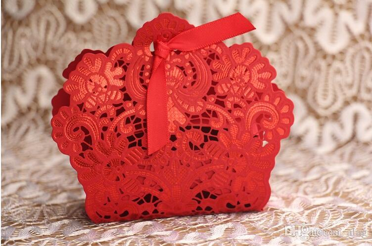 Romantic Hollow out Wedding Gift Box Elegant Luxury Decoration Laser Cut Party Sweet Favors Guest Gift Wedding Paper Candy Boxs white golden