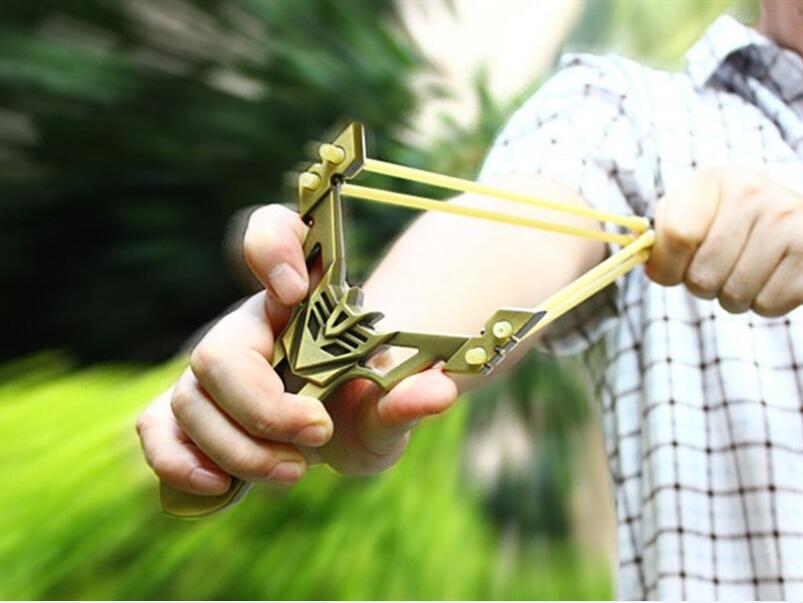 Powerful Stainless Steel Catapult Slingshot Hunting Games Outdoor Sling Shot Catapult + rubber band + Beautiful packing case