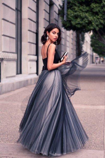 Formal Preto Tulle Elegante Vestidos de Noite Cetim Spaghetti Straps Decote Em V Do Vintage Long Cut Out Vestidos de Festa de Formatura Custom Made Mulheres Vestidos