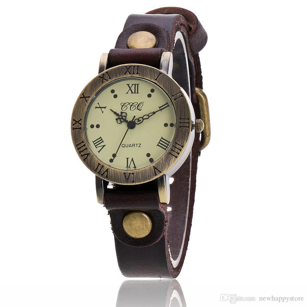 a1f3a0bcccc Compre CCQ Marca De Moda Hot Selling Relógios Senhoras Eua De Couro Fêmea  ROMA Clássico Mulheres Do Vintage Vestido Pulseira Relógio China Relogio  Feminino ...