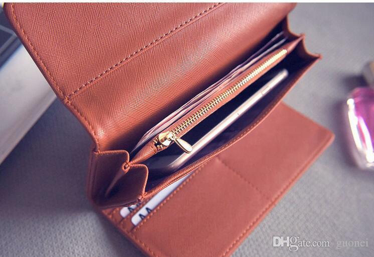 Heißer Verkaufs-Qualität durchbohrte Geldbörsenfrauengeldbeutel tragbarer netter einfarbiger langer Reißverschlussfrauen der Art und Weise Kupplung Brieftasche drei Falten