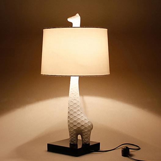 2017 Bedside Animal Shaped Giraffe Table Desk Lamp For