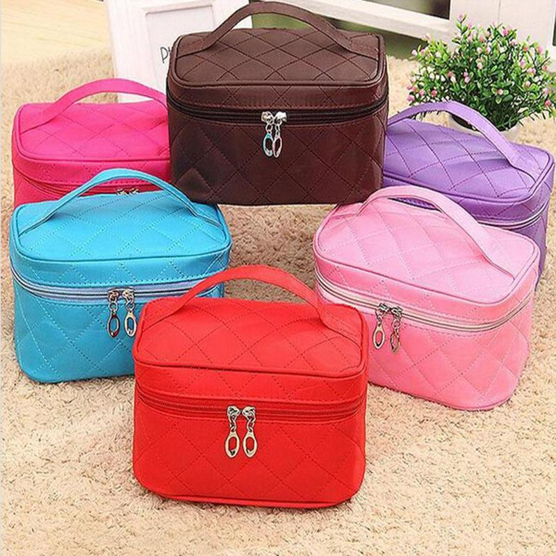 Ladies Makeup Bag Wholesale Blanks Zippered Quilted Polyester Cosmetic Bags Solid Travel Bag Bridemaids Gift Toiletry Bag DOMIL106253