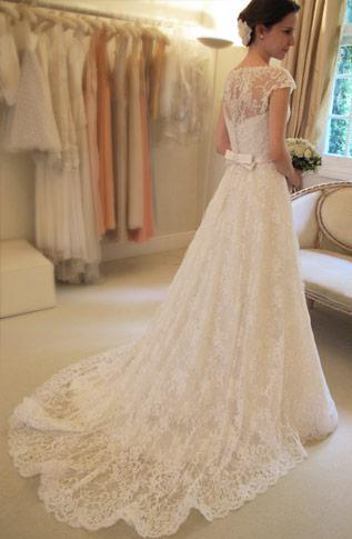 2019 Vintage Lace A-Line Wedding Dresses Bateau Short Sleeve Bridal Dresses Wedding High Quality Court Train Custom White Zipper
