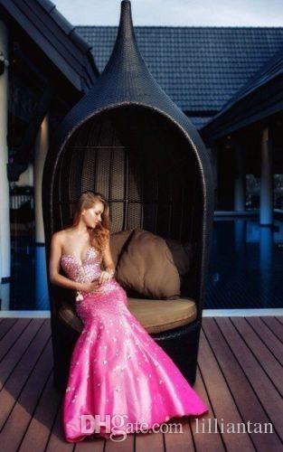 2016 Hot Prom Jurken Crystal Beaded Romantische Rose Red Mermaid Party Jurken Diepe V-hals Sexy Avond Homecoming Graduation Jurken