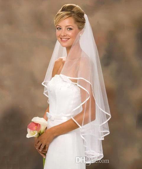 Les robes de mariée de deux couches de deux couches bon marché voiles de mariée véritable voies de jardin à l'épaule longueur avec peigne voile de haute qualité pour la fête de mariage