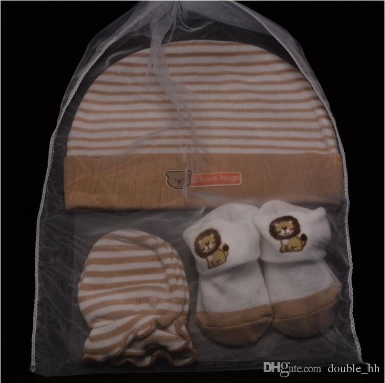 2019 2016 Newborn Baby Gift Set Newborn Baby Hat Socks Mittens Sets Outfit Baby  Socks Newborn Mittens Cotton Baby Mittens 0 6Mos 105 From Double hh 781f97564b6