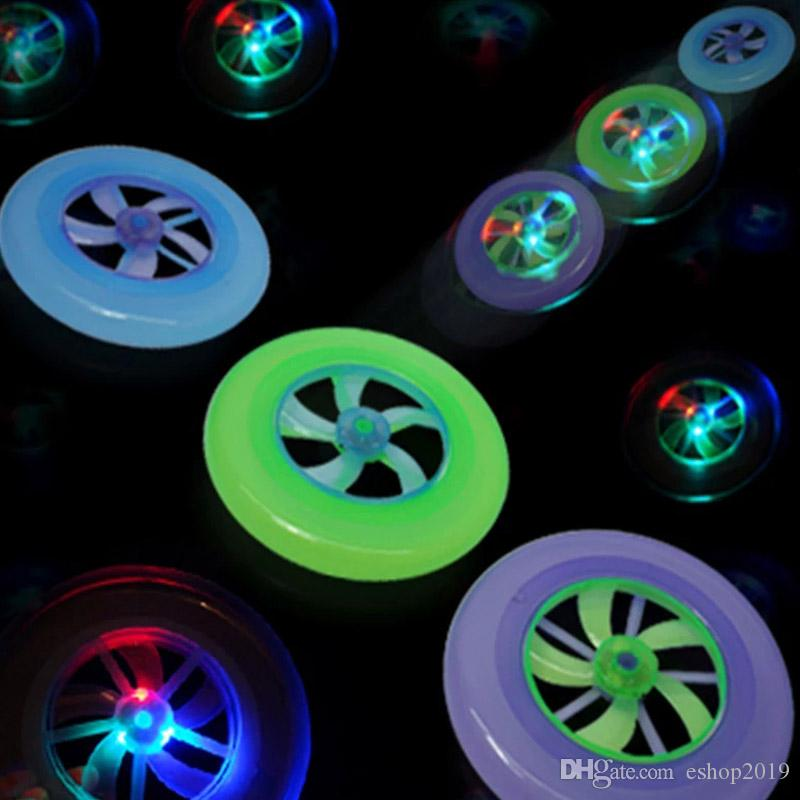 New Speical Colorful Fashion Hot Spin LED Light Magic Outdoor Toy Flying Saucer Disc Frisbee UFO Kid Toy