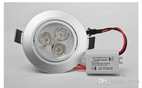 O poder superior do CE conduziu a lâmpada do teto 9W 12W conduziu o bulbo o bulbo de iluminação do ponto 110-240V conduziu abaixo o projector do downlight das luzes com movimentação