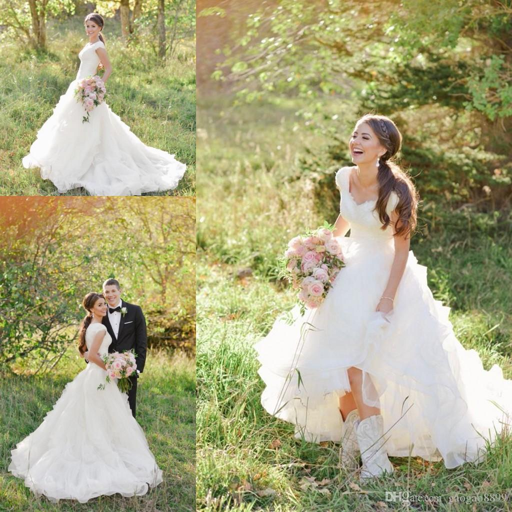 Discount Modest Cowboy Boots Country Wedding Dresses With Cap Sleeves 2016 V Neck Ruffles Tiered Skirt A Line Lace Organza Cheap Gowns Chagne: Ruffled Country Wedding Dresses At Websimilar.org