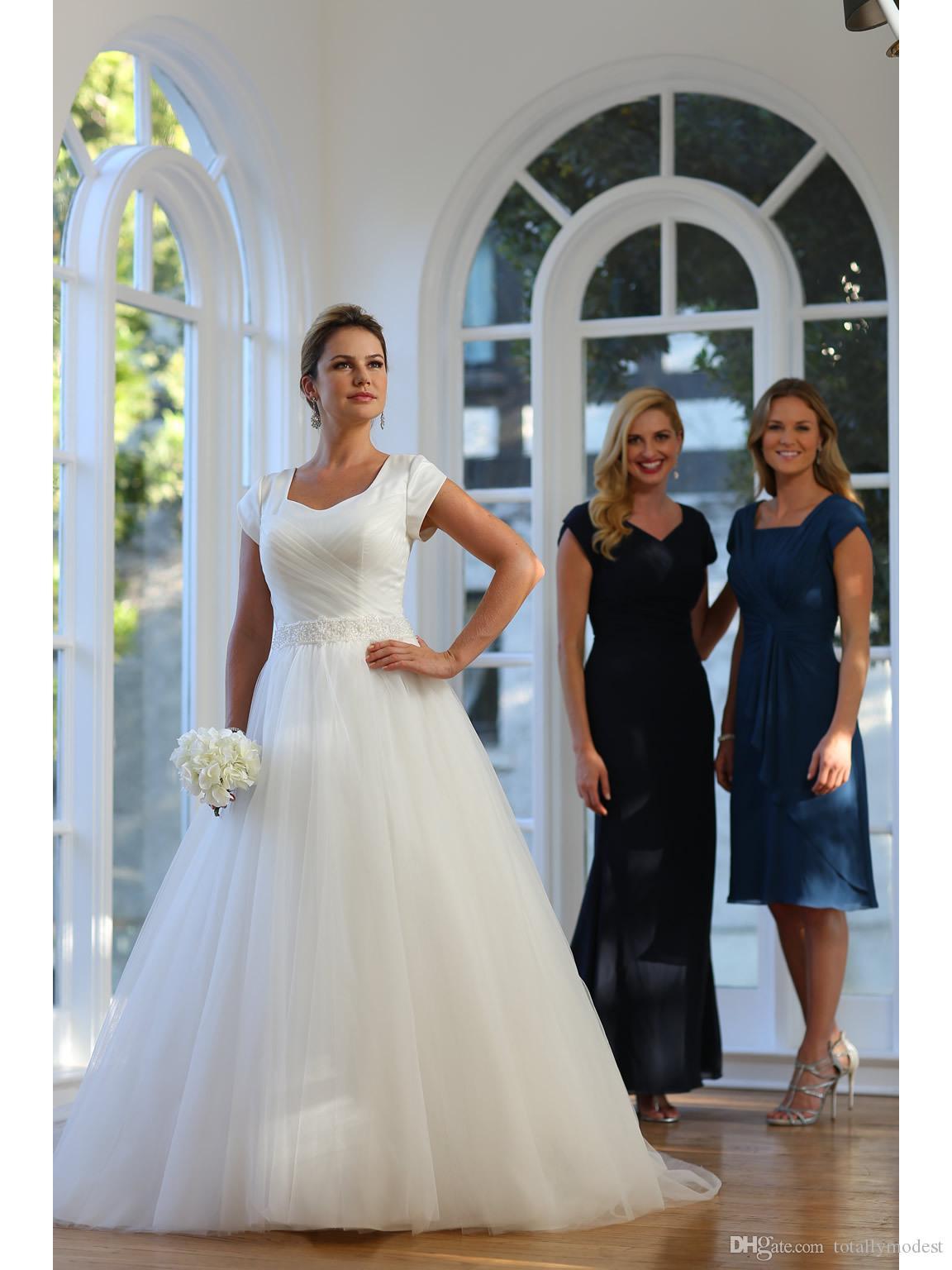 Vestido de Noiva A-line Tulle increspato Abiti da sposa lunghi modesti con maniche ad aletta Bottoni in vita Bottoni Indietro Abiti da sposa formale Semplice