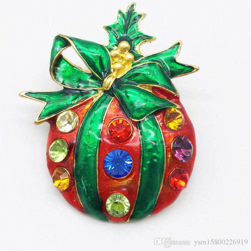 4 STÜCKE New Year Series Metalltropfen Gürtel Gürtel Gemischte Weihnachtsbaum Brosche 41-46 MM Schmuck Geschenk Weihnachten Dekoration Brosche