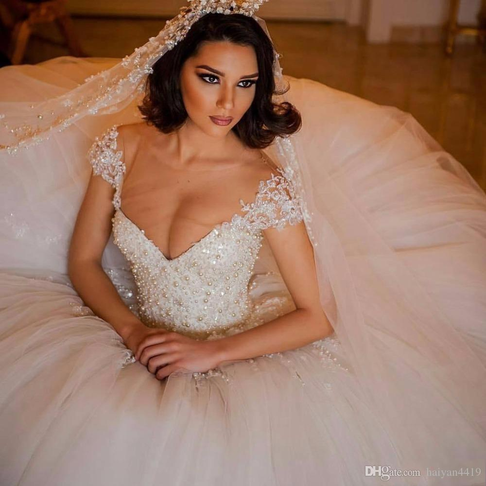 2016 New Luxury Puffy Ball Gown Wedding Dresses Jewel Neck Short Sleeves Pearls Tulle Court Train Sheer Back Plus Size Formal Bridal Gowns