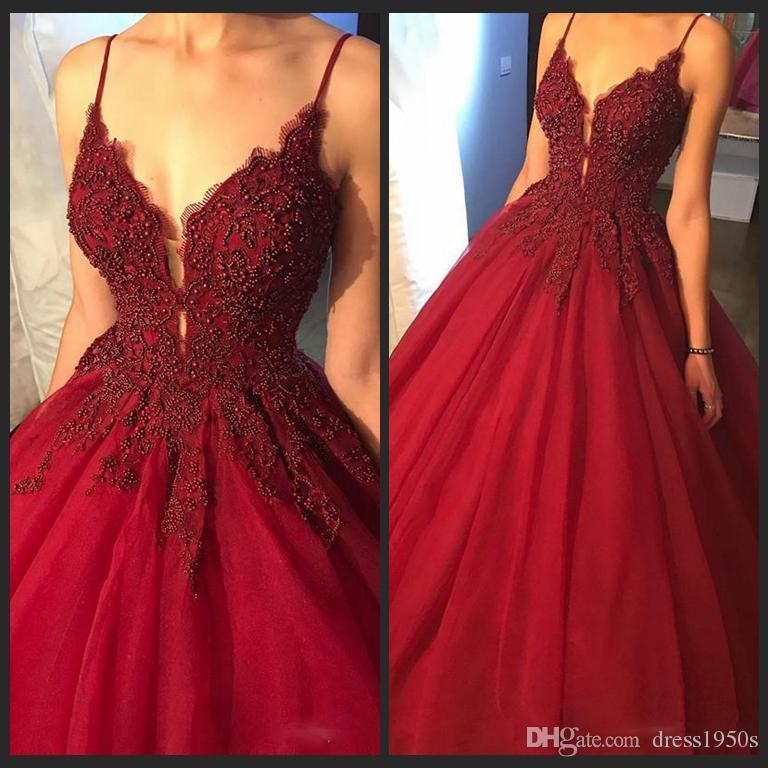 2018 vestidos che borda abiti da ballo abiti da ballo cinghie spaghetti Sexy vino rosso Puffy Eveing Gowns Profondo scollo a V abito formale