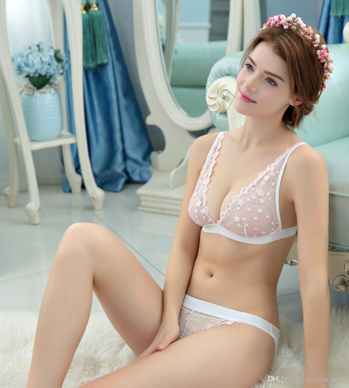 86e8e0c77b 2019 MOXIAN  Thin Section Bras Without Steel Ring Exquisite Embroidery  Transparent Ladies Underwear Bra Set B C Cup TZ45A47067D From Moxian wear
