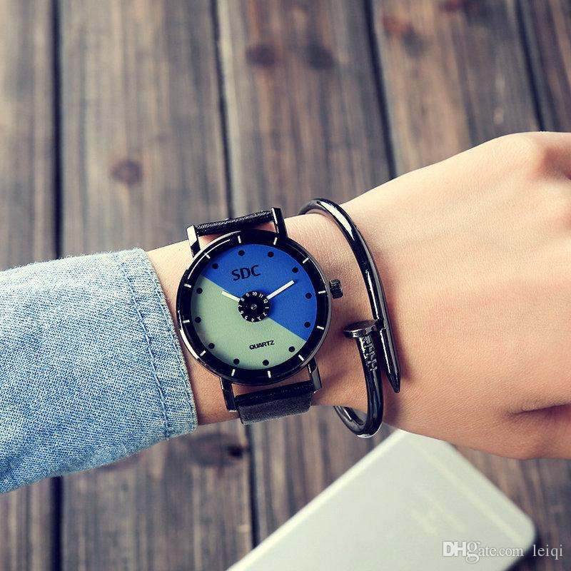 Korean students watch female student Harajuku style retro Korean version of the simple black and white leather belt quartz watch one pair of