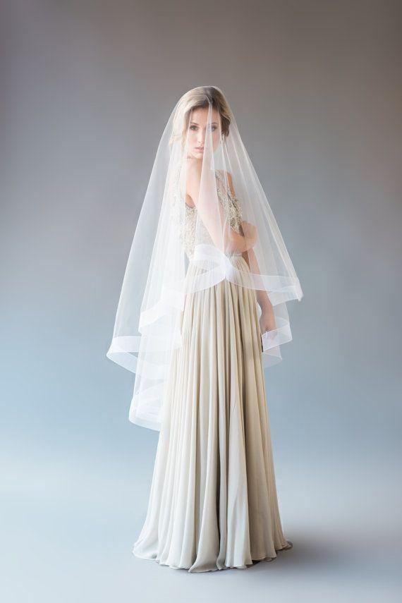 Nueva calidad superior mejor venta romántica mantilla velo fingertipe marfil blanco para vestidos de boda Satin Edge Veil cinta ancha