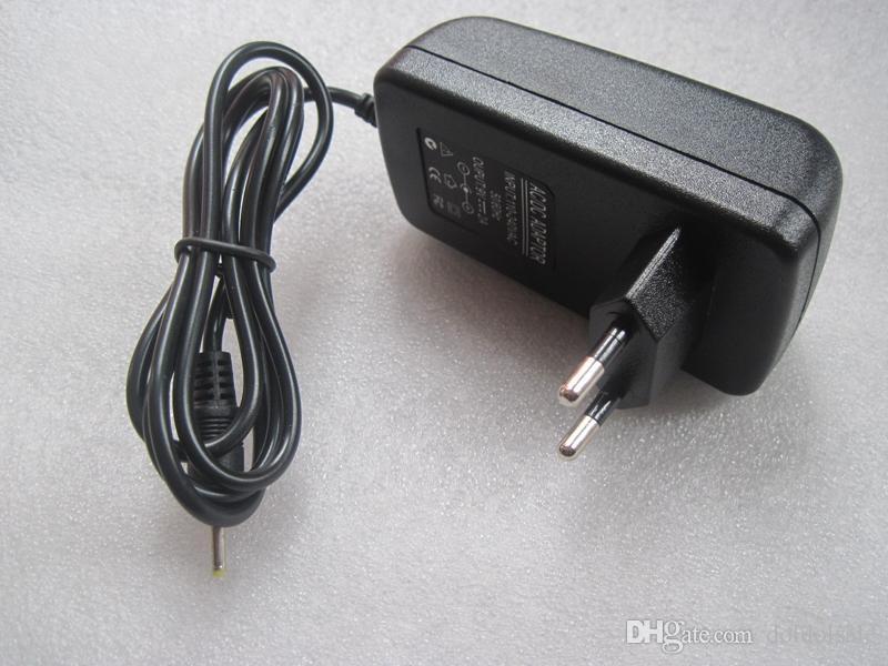 9V 2A 2.5mm 2.5x0.7mm Jack-Wand-Ausgangsladegerät für Tablette PC Voyo A1 Miniwürfel iWork8 Aoson M19 M12 Pipo M2 M3 Chuwi V3 Teclast Tbook 10