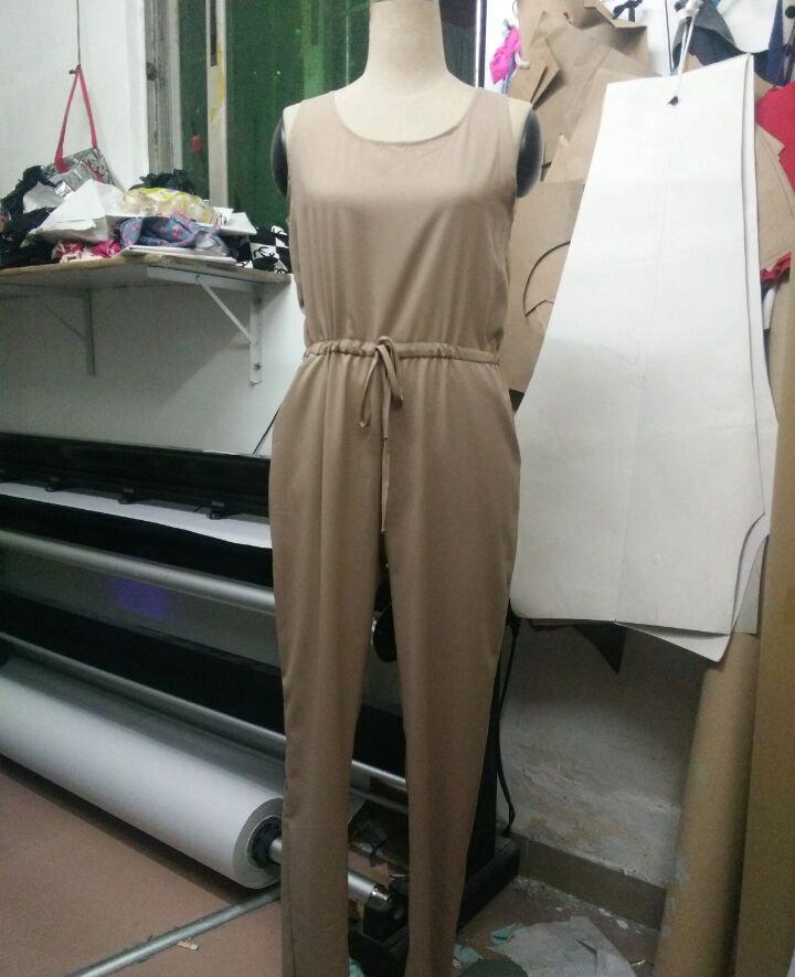 새로운 2016 패션 Rompers 여성 점프 슈트 붕대 긴 바지 솔리드 컬러 민소매 우아한 점프 슈트 여성 섹시한 Bodycon 바디 수트
