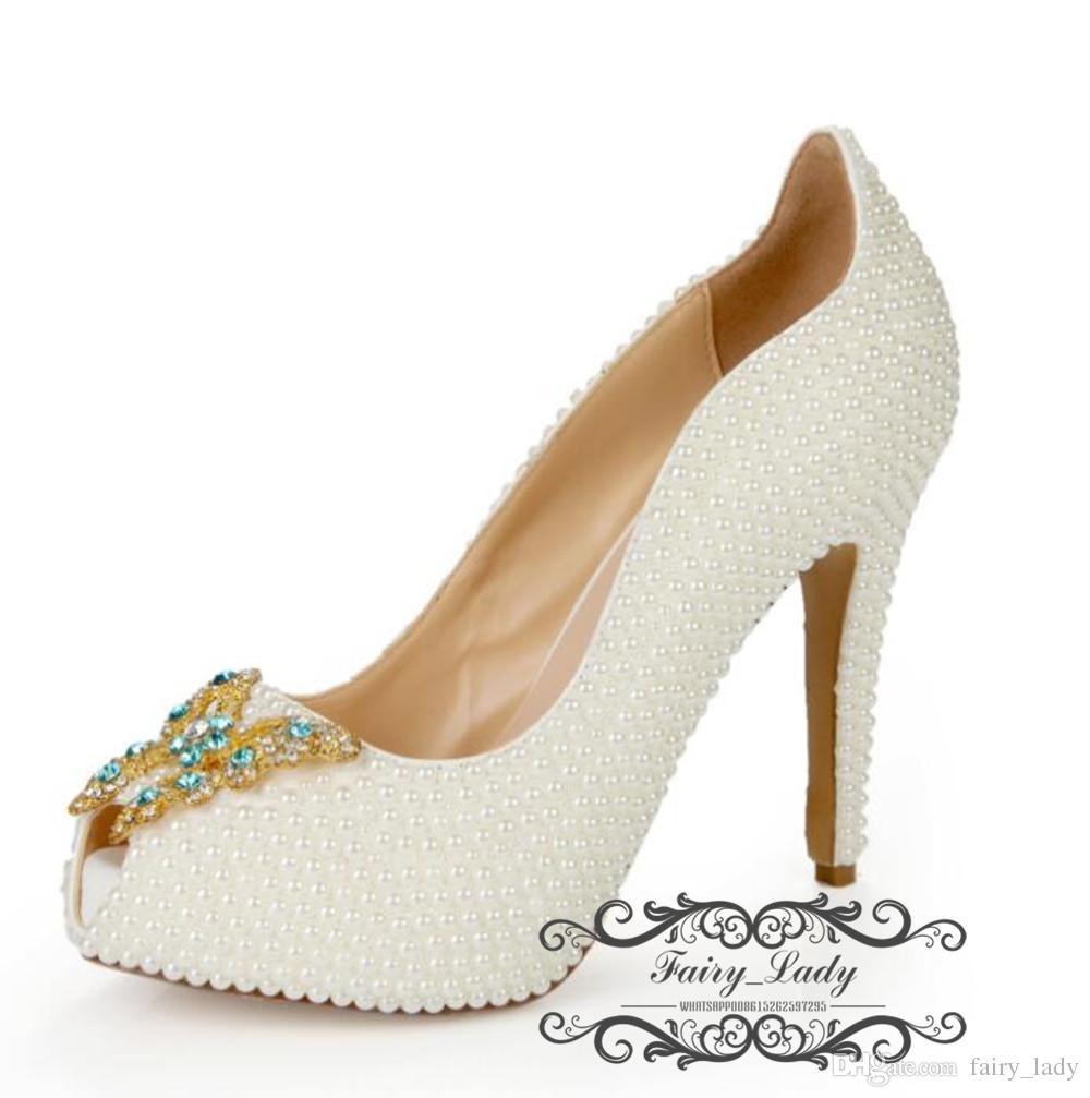 2018 perlas de lujo Rhinestone zapatos de boda con patrón de mariposa Peep Toe 8 CM tacón alto mujeres cómodas bombas vestidos de fiesta nupcial