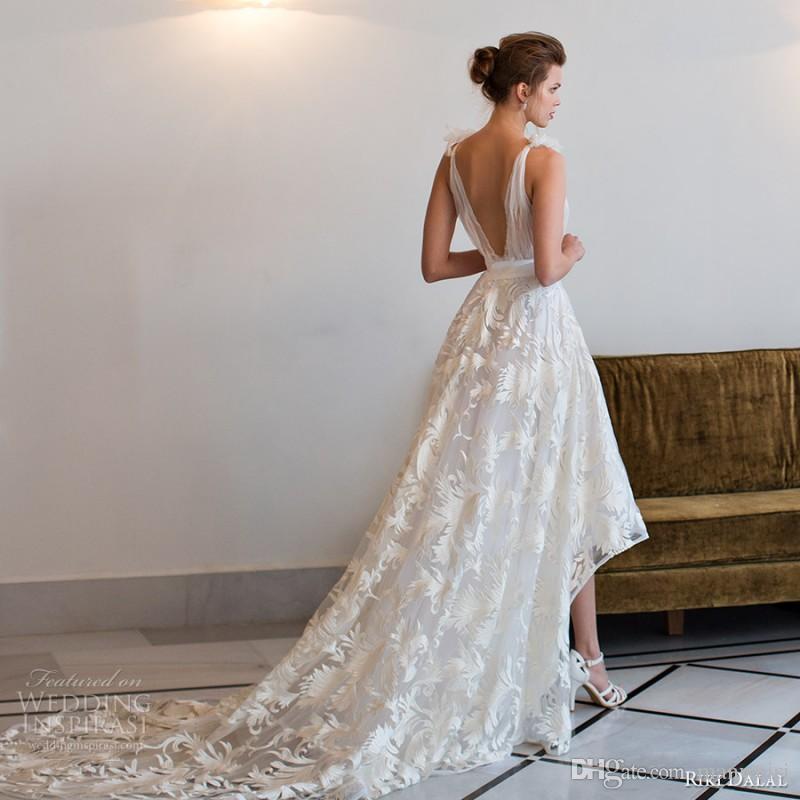 2018 Riki Dalal High Low Abiti da sposa Sheer Deep V Neck Applique in pizzo senza maniche Vintage Abiti da sposa Corte dei treni Backless Wedding Dress