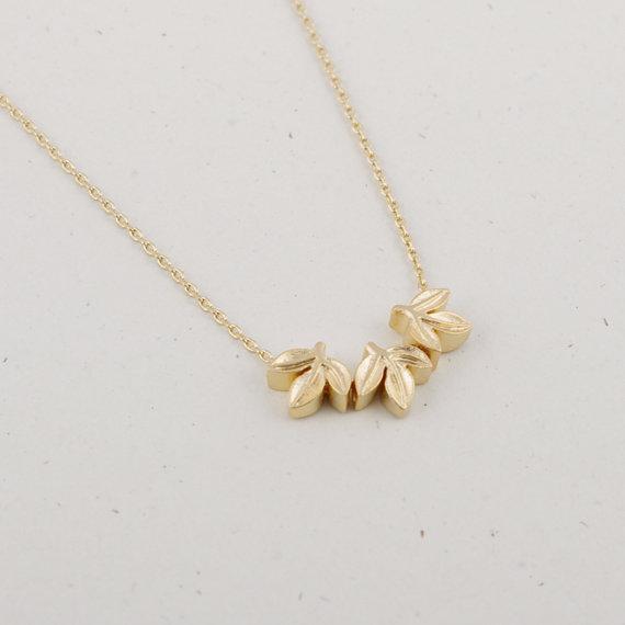 Trendy Trois feuilles Collier Mini Pendentif Three-Dimensionnel Design Gold Silver Rose Couleur Facultative Grossiste en gros