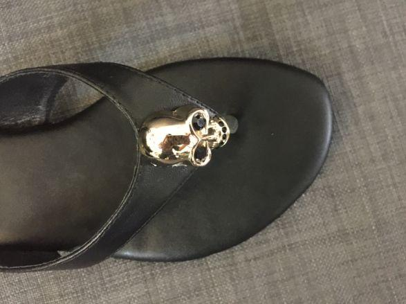 actual shoes! 3000 40 black genuine leather rhinestone skull flip flops beach casual flat sandals m runway women fashion