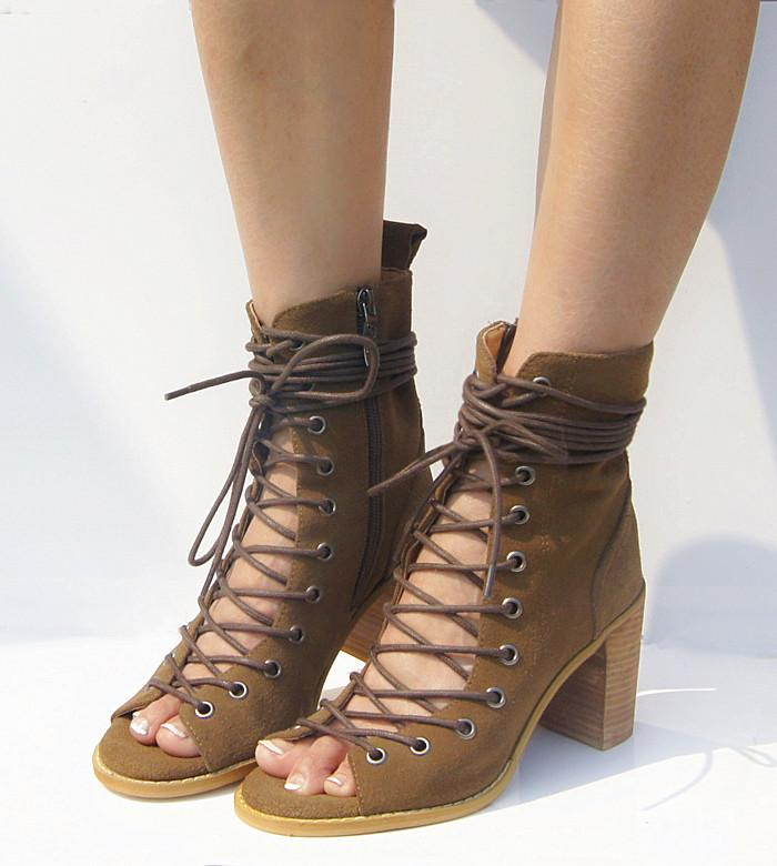 2016 Cowhide Leather Botines Mujer Open Toe Summer Shoes Sexy Lace Up Boots  Thick Heel Women Boots Cool Gladiator Boot Sandals Monkey Boots Cheap  Football ... cb54662d40