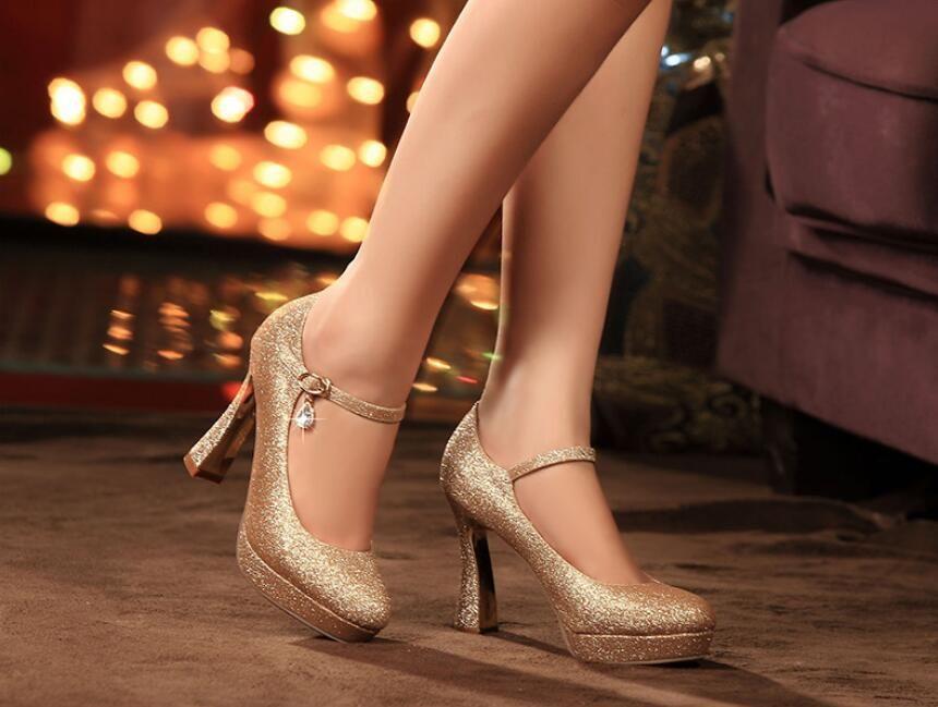Neue Art Frühlingsplattform heels rote Schuh der Schuhe der Schuhe mit starker reizvoller goldener Braut, die freies Verschiffen versendet