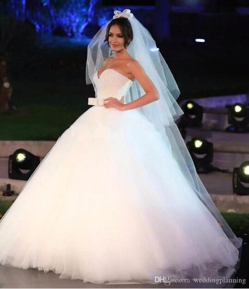 Granos brillantes Cristales Vestidos de Novia Vestidos de Boda 2017 Gran Cinturón Arco Cariño Puffy Vestido de Novia Vestidos por Encargo Vestido de Fiesta Nupcial Barato