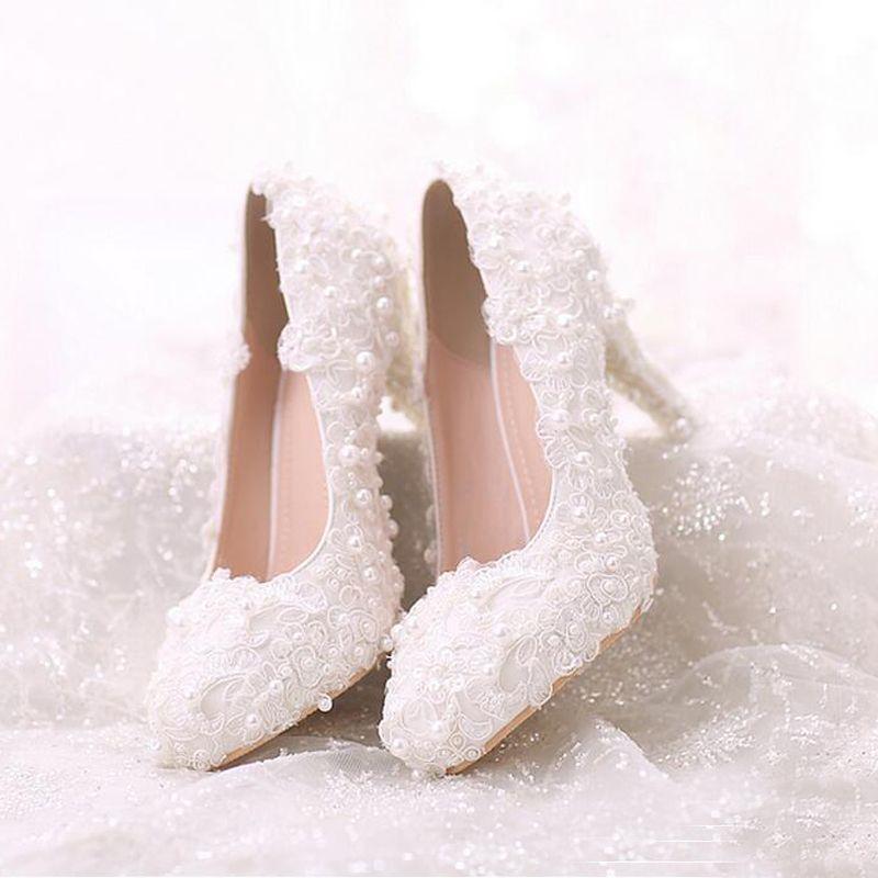 Cómodo talón blanco perla dulce de encaje zapatos nupciales del ramo boda zapatos de vestido de boda 2019 últimas mujeres hermosas zapatos
