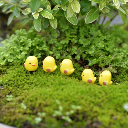 2018 cute mini artificial bird yellow fairy garden miniatures gnomes moss terrarium artificial home decoration for home decor diy zakka from colorful_room - Fairy Garden Miniatures