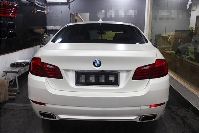 Glossy Ceramic Pearl White Vinyl Film Car Decorative and Protective Wrapping Sticker with Air Drains 1.52m*20m/roll with Free Gift Scraper