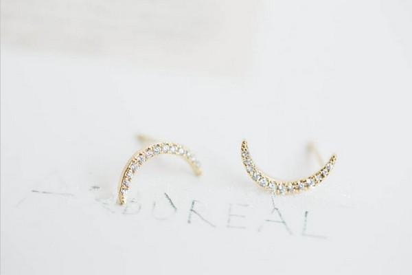 Exclusive fashionable new products set auger crescent earrings tremella 18 k gold plated silver women wholesale and sale