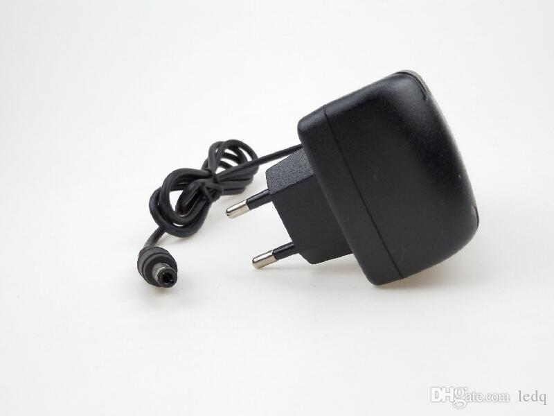 Adaptateur d'alimentation 12V 2A pour SMD5050 SMD3528 LED Strip Lights Switch UE US UK AU Standard Cord Plug Plug Chargeur Transformers Livraison Gratuite