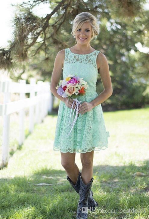 2017 New Country Style Short Lace Dama de honor vestidos 2016 sin mangas Una línea Maid Formal de Vestido de Honor Duración de la rodilla Vestidos de fiesta de boda