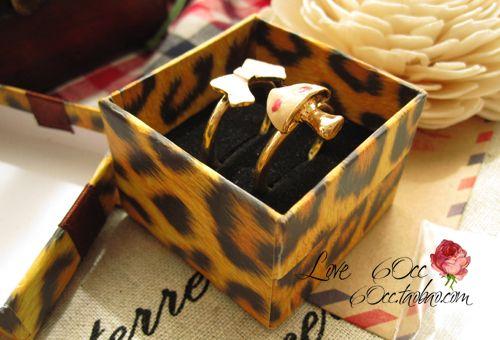 [Simples Sete] amantes do anel caixa / Leopard Impressão Pedant Box / Moda Pacote colar / jóia especial Case / Tendência brinco caixa com fita