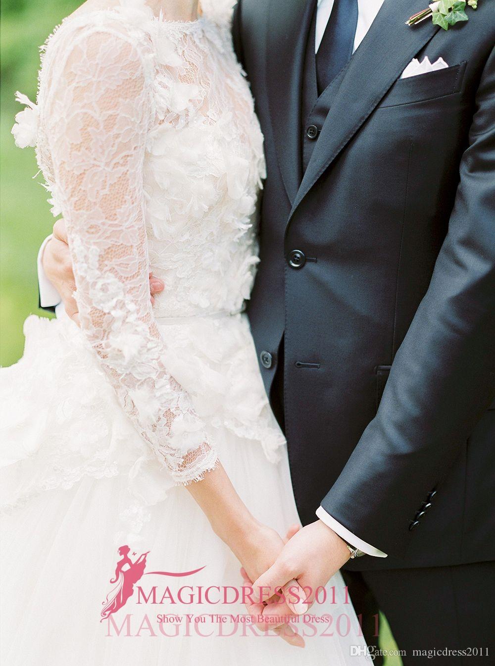 2019 New A Line Wewdding Dresses with Illusion Long Sleeve Jewel 3D-Floral Appliques Open Back Garden Plus Size robes de mariée