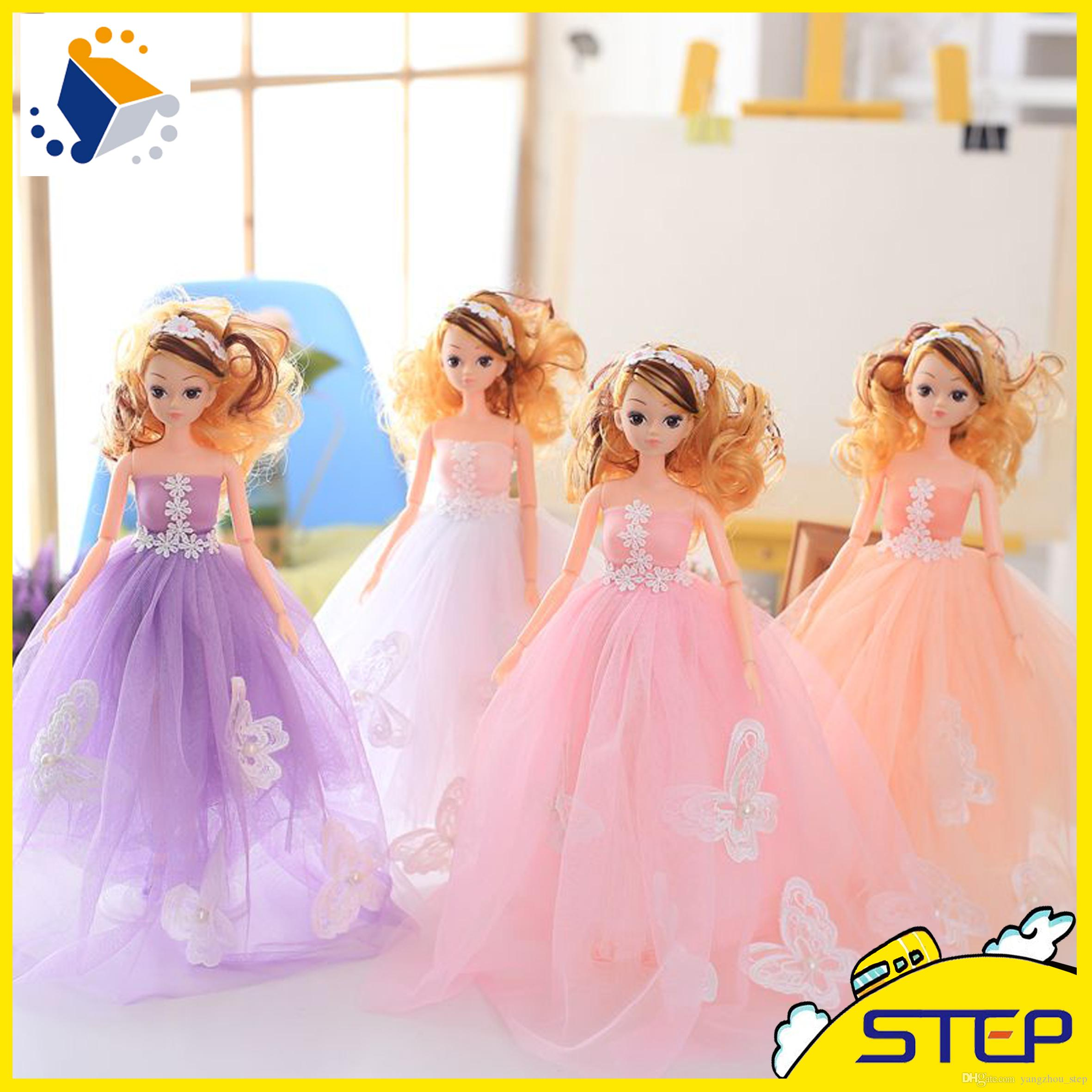 2018 High Quality Super Lovely Barbie Doll With Beautiful Flowers