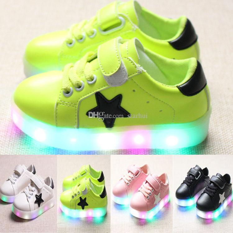 ba4a597c6c Compre Zapatos De Luz LED Zapatillas Niños Niños Niños Niñas Zapatos  Fluorescentes De Colores Zapatos Planos Zapatillas De Deporte  Antideslizante Zapatos ...