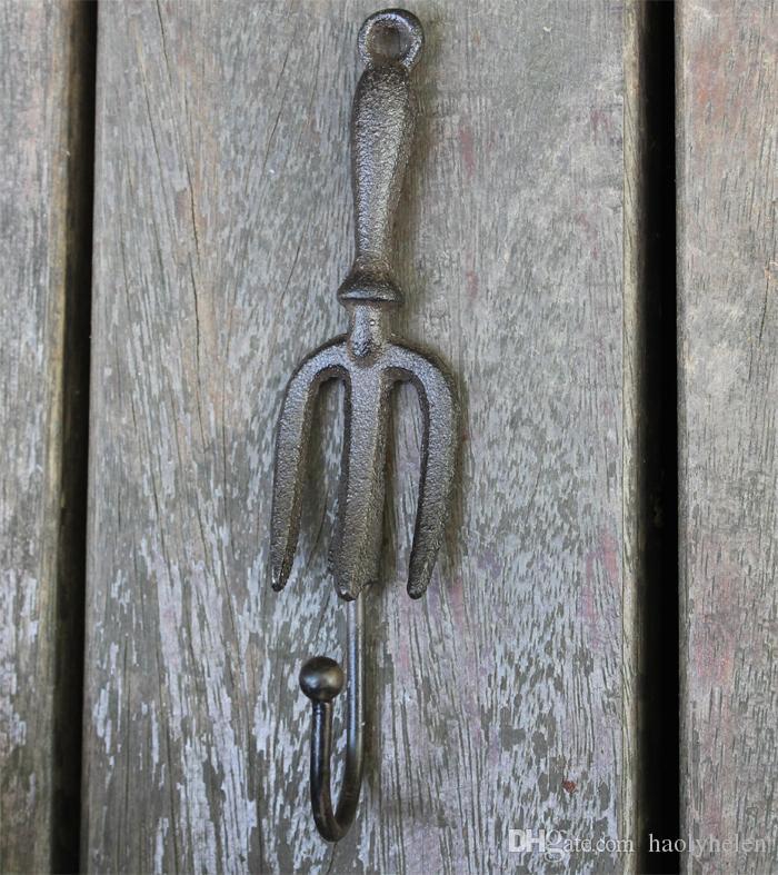 /Cast Iron Wall Hook Spade Shovel and Fork Shape Vintage Decorative Garden Hanger Hooks Rustic Brown Metal Key Holder Antique
